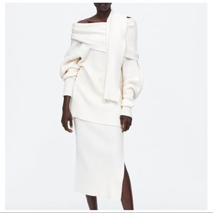 Zara NWT White Attached Scarf Oversized Sweater